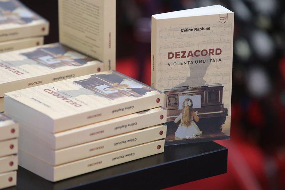 Lancement Du Livre De Celine Raphael La Demesure Soumise A La